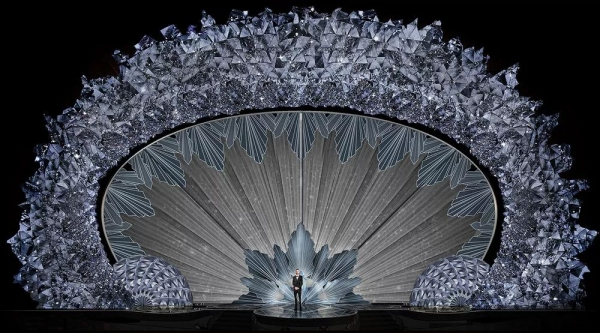 【商业设计关注】一份审美洗礼——各种创意舞台设计鉴赏